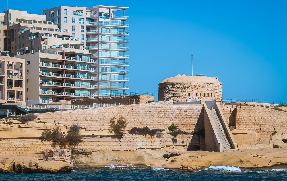Fort Tigne am Tigne Point in Sliema in Malta